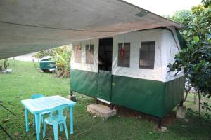 Caliraya Camper